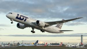 Boeing 787 Dreamliner startujący w podróż z Seattle do Warszawy. Fot. Boeing