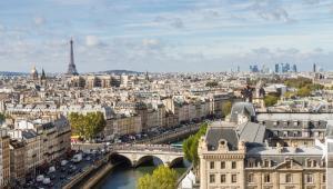 Paryż widziany ze szczytu katedry Notre Dame