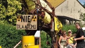 Protest przeciwko budowie elektrowni atomowej gminie Choczewo