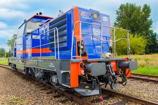 SM42 w wersji 6Dl przystosowanej do zasilania wagonów
