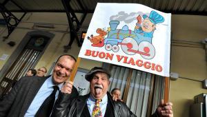 Tak wyglądało powitanie pociągu Pesy przez mieszkańców Toskanii