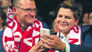 Paweł Szefernaker zaproponował Beacie Szydło stworzenie wewnętrznej komórki PiS od komunikacji w sieci Stefan Maszewski/REPORTER