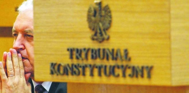 Środowiska przeciwne zmianom w prawie dotyczącym Trybunału Konstytucyjnego domagają się czasu na konsultacje społeczne i zorganizowania wysłuchania publicznego
