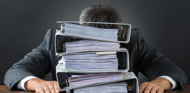 Chcesz odbyć praktyki w urzędzie? Przygotuj się na kserowanie ton dokumentów albo parzenie kawy.