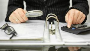Inaczej ZUS traktuje niewykonywanie pracy spowodowane spóźnieniem pracownika lub zwolnieniem z pracy w związku z wyjściem prywatnym, które nie zostało odpracowane