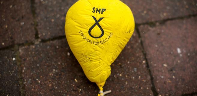 Stary balonik z logiem Szkockiej Partii Narodowej (SNP) w Forres. 15.05.2017