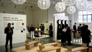 Pokaz Ikea podczas festiwalu mody i designu Fuorisalone w Mediolanie, Włochy, 20 kwietnia 2009 rok