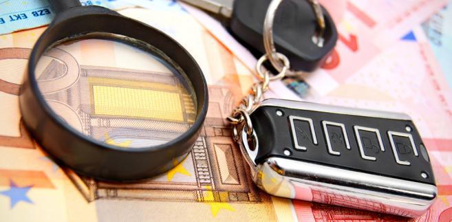 samochód, kredyt, pieniądze