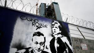Angela Merkel i Mario Draghi na graffitti we Frankfurcie