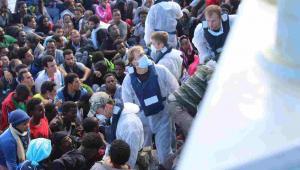 Imigranci, którzy próbują dostać do Europy przez Morze Śródziemne EPA/MA HENDZE / ROYAL NAVY / MOD / Dostawca: PAP/EPA.
