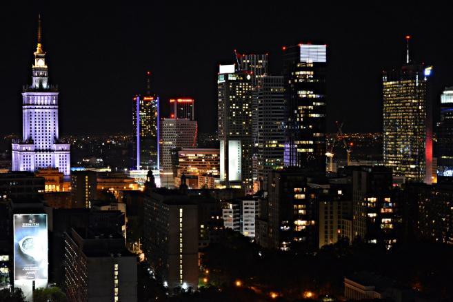 Warszawa nocą. Widok z Błękitnego Wieżowca, fot. Dorota Kalinowska